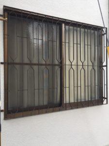高槻市の美容室 フェンス