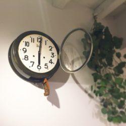 高槻市の美容室 古い時計